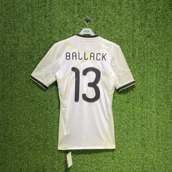 GERMANY 2010 (HOME) PLAYER P41480 w/ NAMESET (#13 BALLACK)