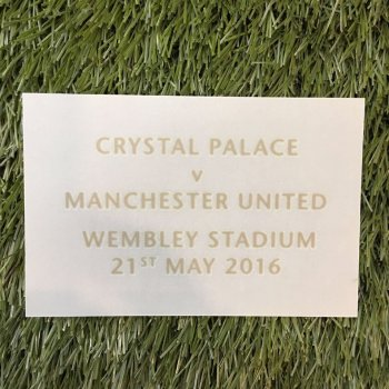 Manchester United 2015 FA CUP Final Date Badge **只供收藏**