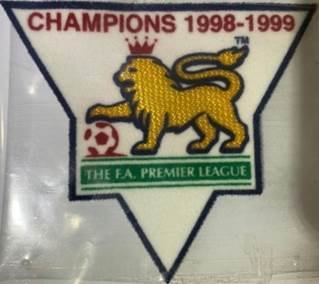 EPL 99/00 CHAMPIONS BADGE FOR FANS (Manchester United) 2PCS