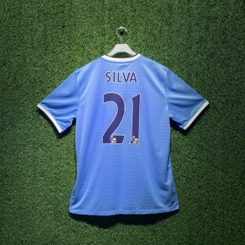 MAN CITY 13/14 S/S (H) 574863-489 with EPL Nameset (#21 SILVA)
